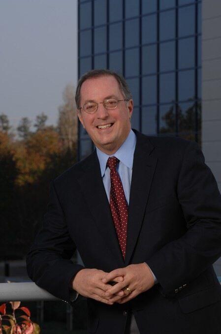 Intel ще назначи 4000 души тази година и ще построи завод за чипове за $5 млрд.