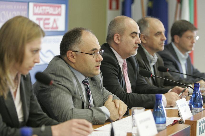 Т. Захов: Поне 30 млн. лв. за е-управление трябва да се заложат в бюджет 2011